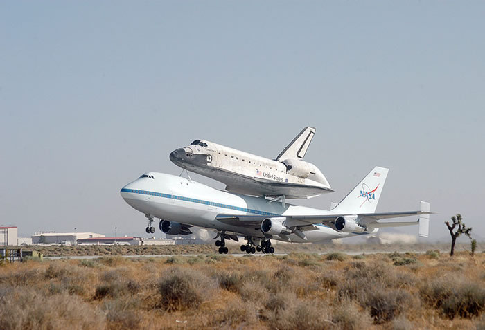 boeing 747 modified to carry the US Space Shuttle NASA