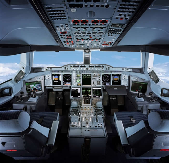 Airbus A-380 Cockpit Image