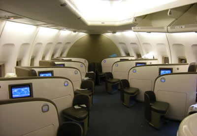 boeing 747 upper deck airline seats