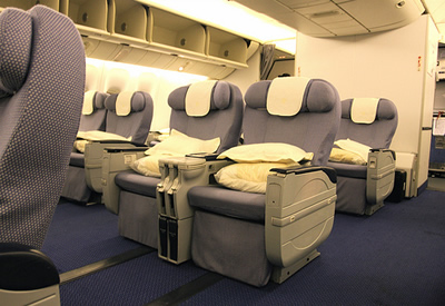 boeing 777 seating