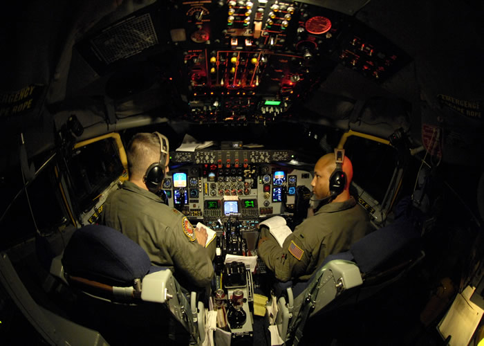 kc-135 cockpit photo