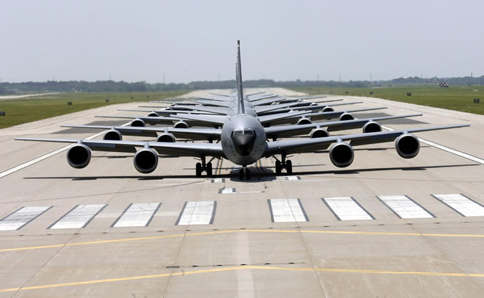 kc135 jets lined up on runway