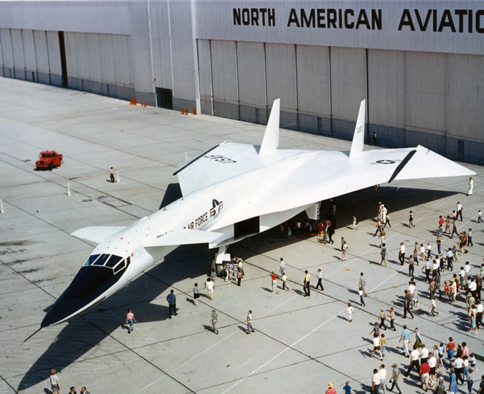 xb-70 roll out picture