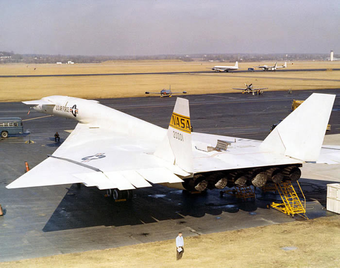 XB-70 Rear View - 6 Engine Experimental Aircraft