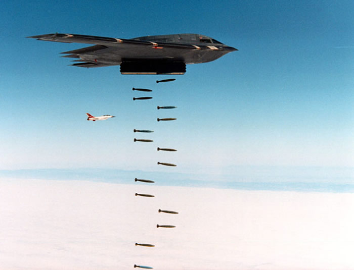 B2 stealth dropping bombs