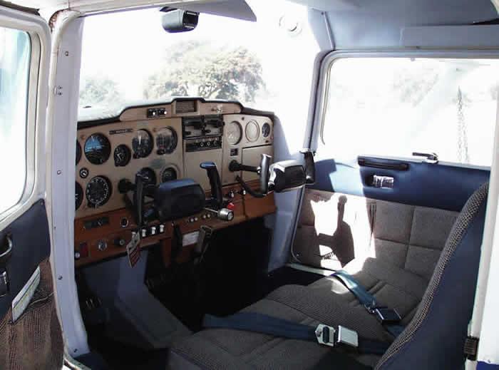 cessna 152 aircraft history facts and photos