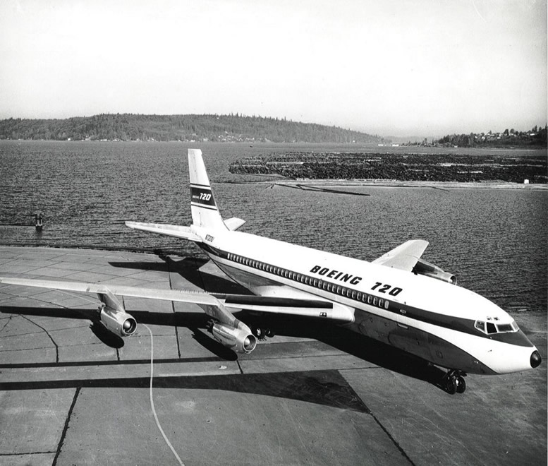 boeing 707 aircraft history pictures and facts rh aviationexplorer com Boeing 747 Boeing 727