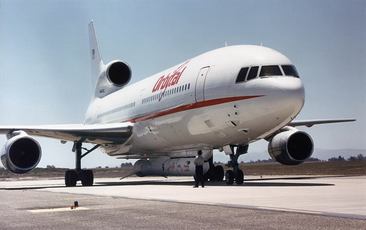 http://www.aviationexplorer.com/Various_Aircraft/Lockheed_L1011_Orbital.jpg
