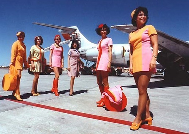 braniff stewardess's