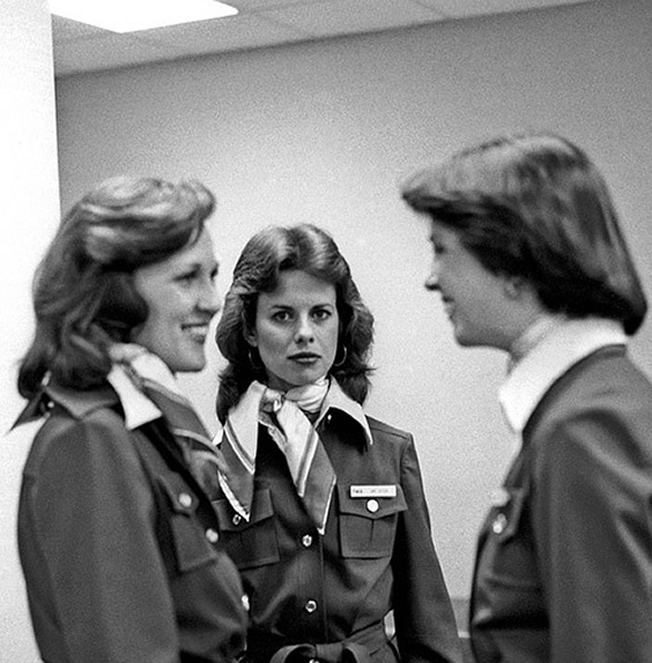 1970s stewardess photo