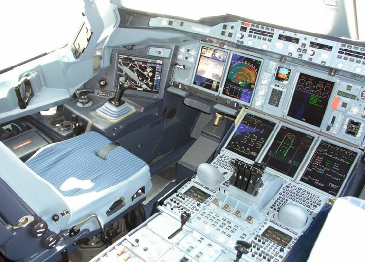 cockpit of airbus a318