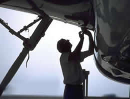 aircraft maintenance jobs
