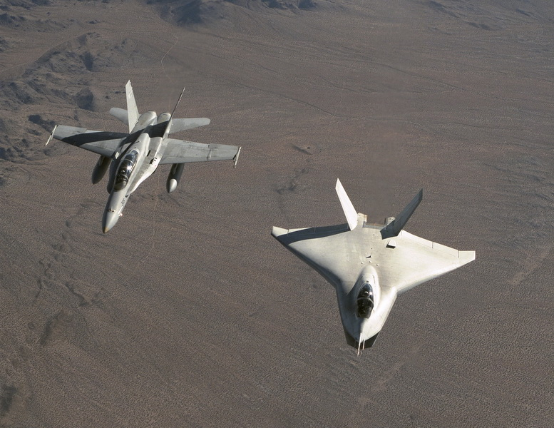 boeing x-32 with f-18
